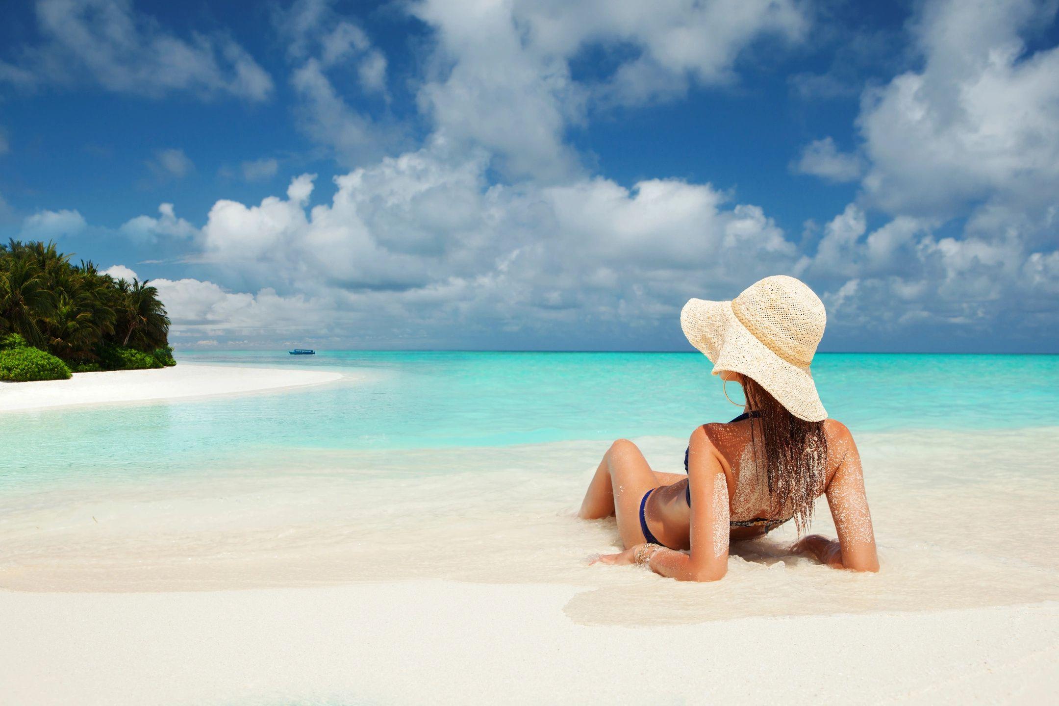 Playa Blanca Beach Resort (3 noches / 4 días)